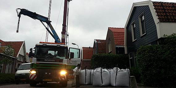 http://www.jansenhoveniers.nl/wp-content/uploads/2013/01/header-grondzand-570-285-03.jpg