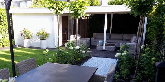 http://www.jansenhoveniers.nl/wp-content/uploads/2013/01/header-tuinrenovatie-570-285-01.jpg