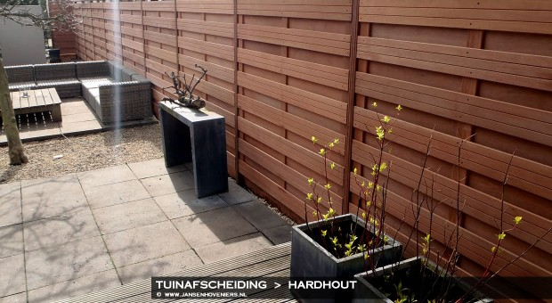 2014-01-01-tuinafscheiding-hardhout-01